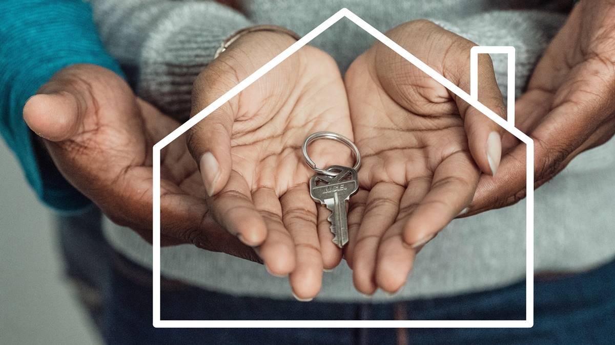 Kunci rumah.