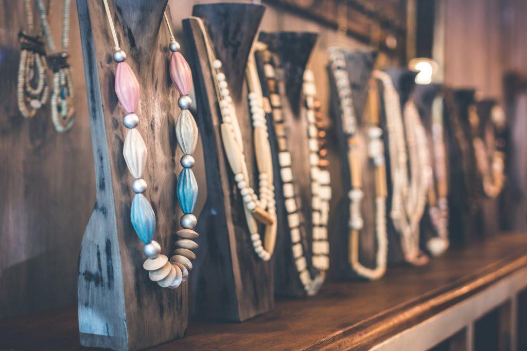 Ingin Tampil Fashionable dengan Kalung Emas Terbaru? Berikut Pilihannya