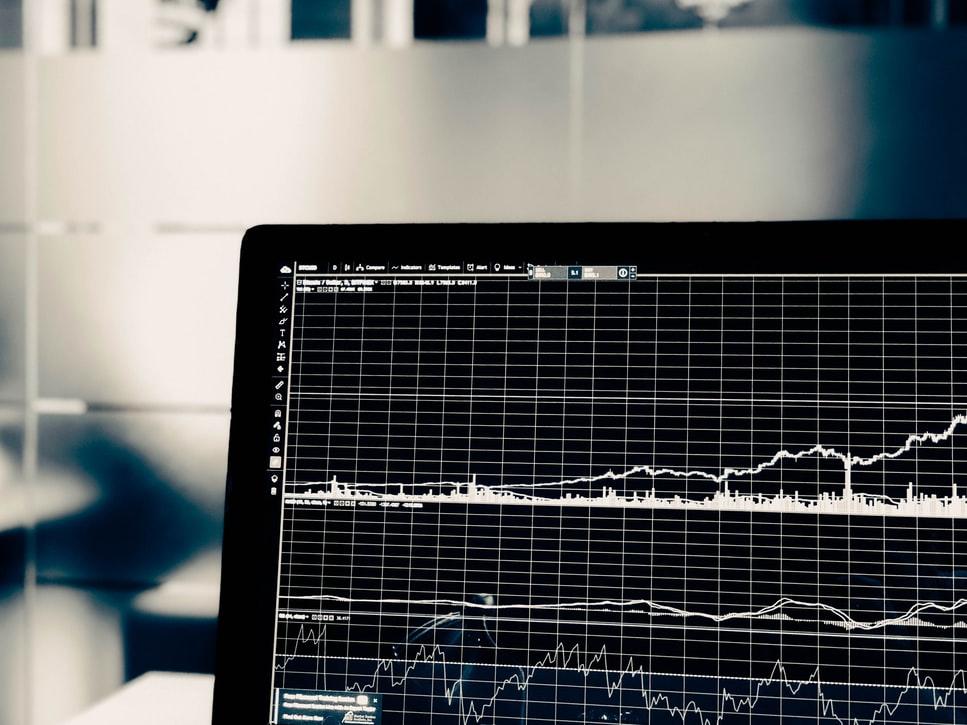 5 Perbedaan Analisa Saham Teknikal dan Analisa Fundamental