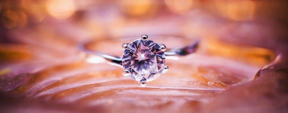faktor-harga-berlian