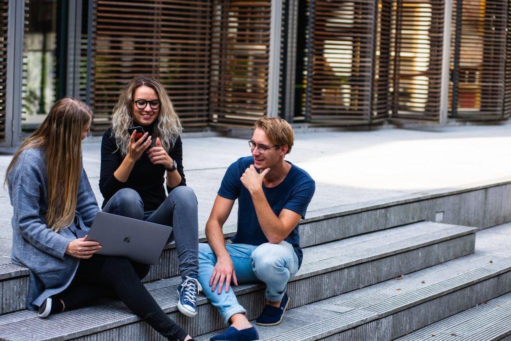 Prospek Kerja untuk Lulusan Jurusan Manajemen Bisnis