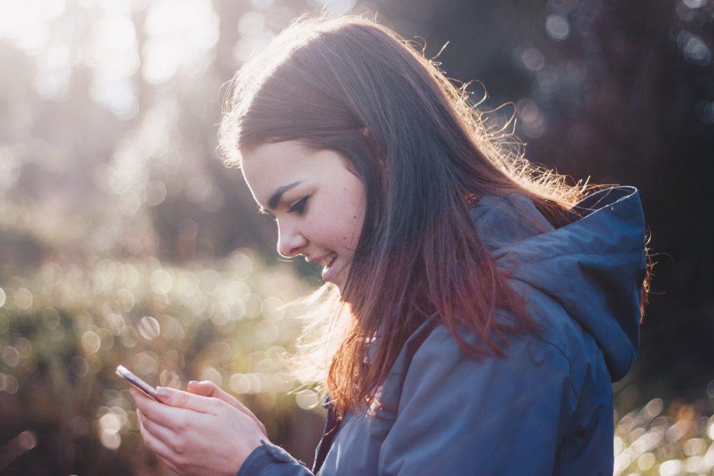 Mandiri Online Mobile, Satu Aplikasi Tabungan untuk Semua Solusi