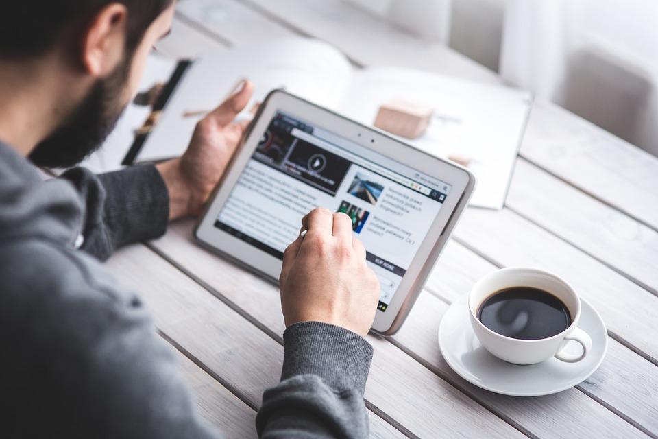 Blogger Sukses dan Cara Mendapatkan Uang dari Blog