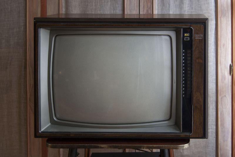 Sejarah TV Tabung Sharp Pertama Kali Muncul