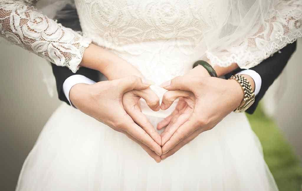 Kiat Keuangan Pernikahan