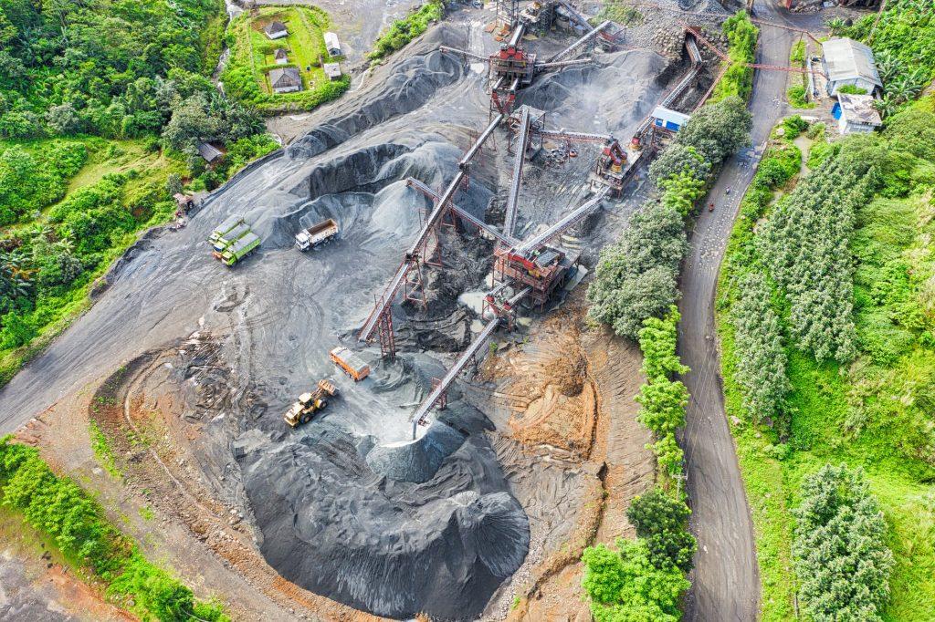 Ini 5 Daerah di Indonesia yang Punya Tambang Emas