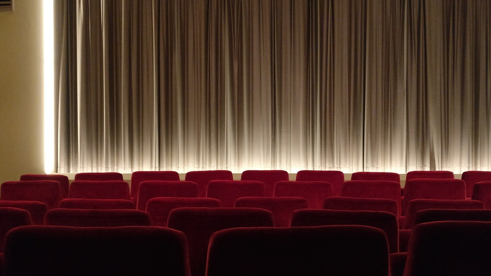 saham film