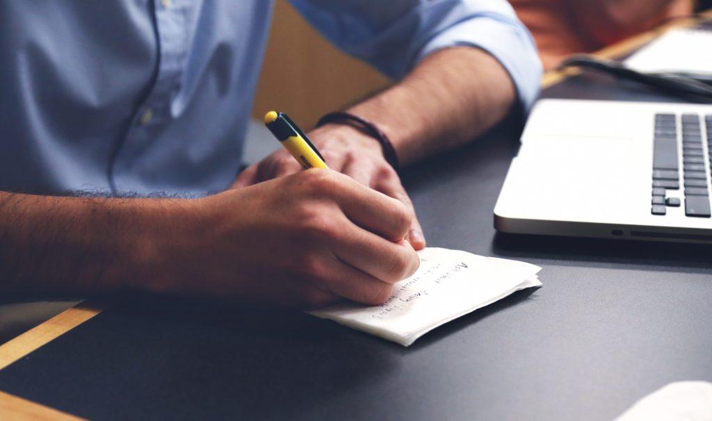 catatan keuangan bisnis