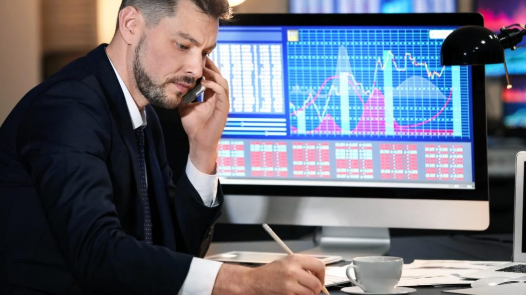 cara menghitung investasi saham