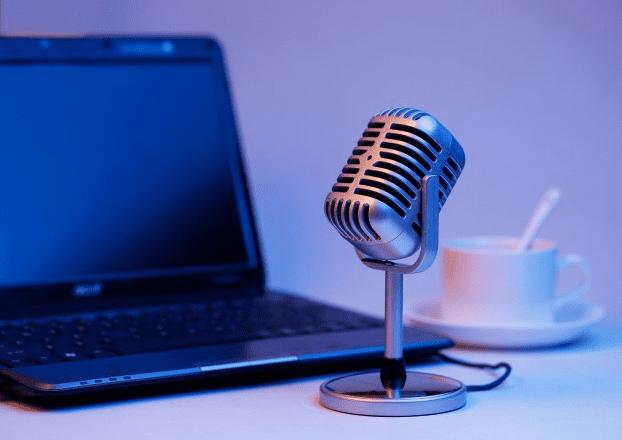 podcast yang bagus di spotify