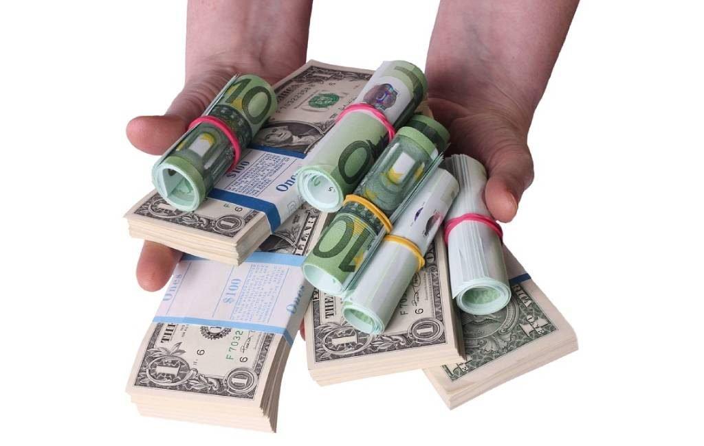 Cara Dapat Uang Banyak