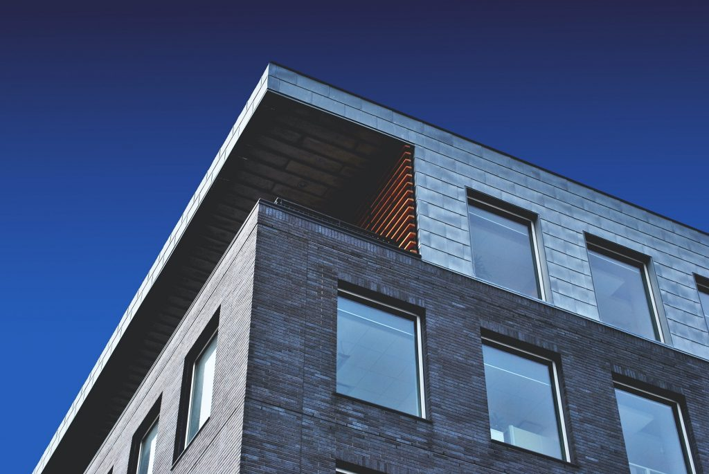 Investasi properti masih menjadi peluang investasi menarik bagi milenial di tengah pandemi sebagai hunian tempat tinggal jangka panjang. Berikut ulasannya.
