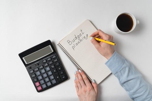 anggaran bulanan