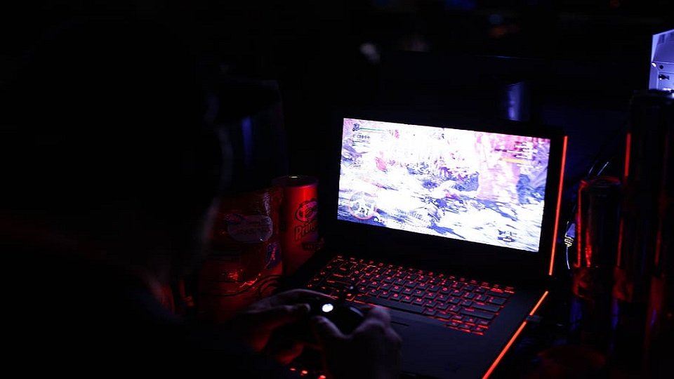 laptop spek gaming