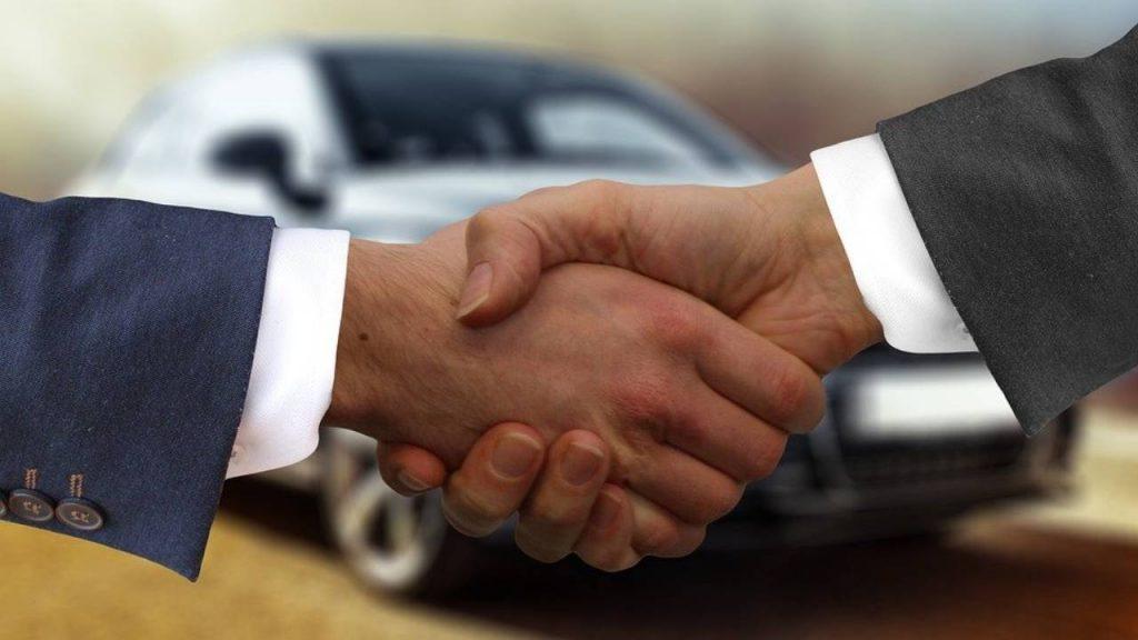 Membeli Mobil secara Online