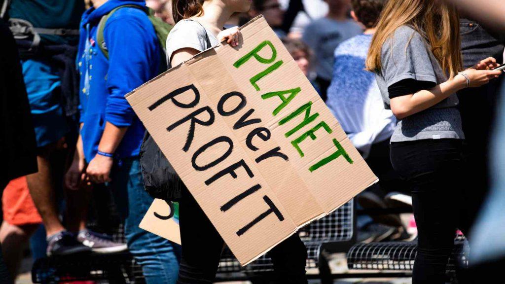 Kewajiban Kita Terhadap Lingkungan